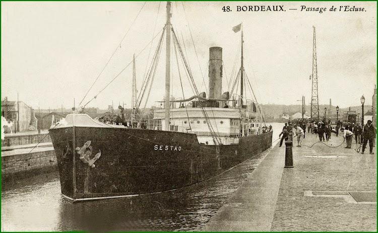 Postal que muestra el vapor SESTAO en la esclusa de Bordeaux. De la web Sestao en el Recuerdo.jpg