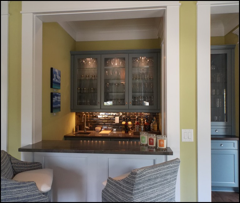 green living room wet bar