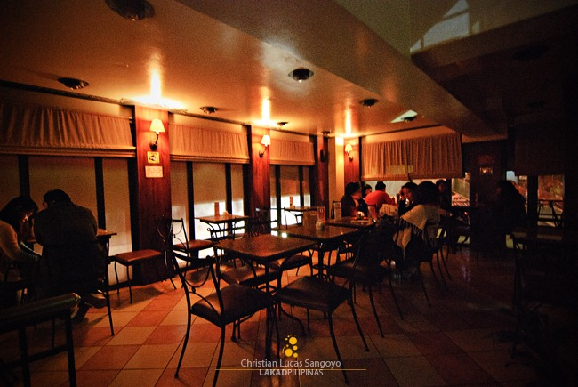 Cafe Veniz at Baguio's Hotel Veniz