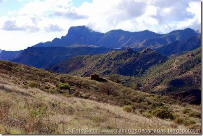 7061 Cruz Tejeda-Artenara-Guardaya(Montaña Altavista)