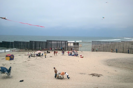Border at Playas de Tijuana