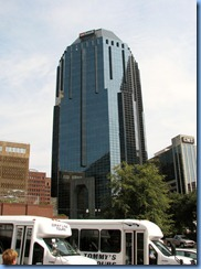 9492 Nashville, Tennessee - Discover Nashville Tour - downtown Nashville - US Bank building