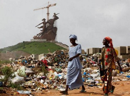 normal_statue ordures
