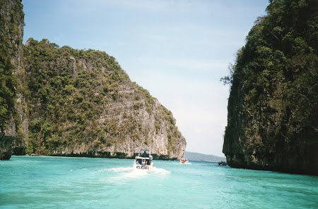 23. Golful linistit in Phi Phi.jpg