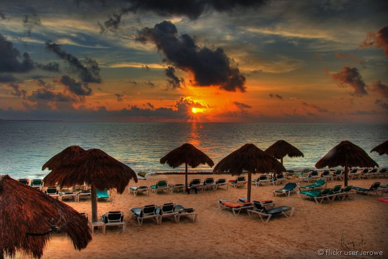 Cancun sunset from flickr user jerowe