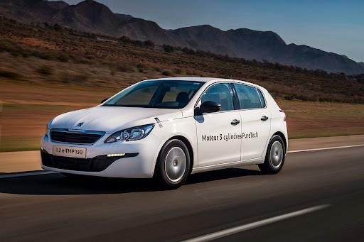 Peugeot-308-PureTech-01.jpg