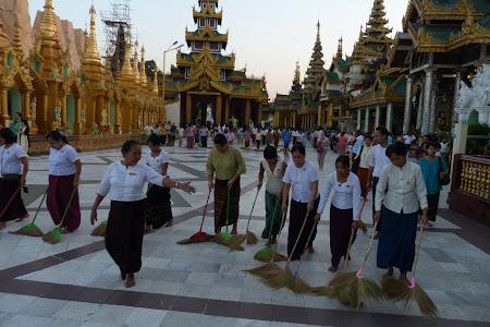 Cea mai importanta pagoda din Myanmar