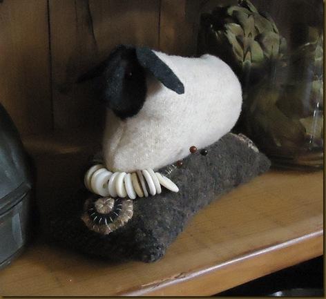 Sheep pin cushion 2