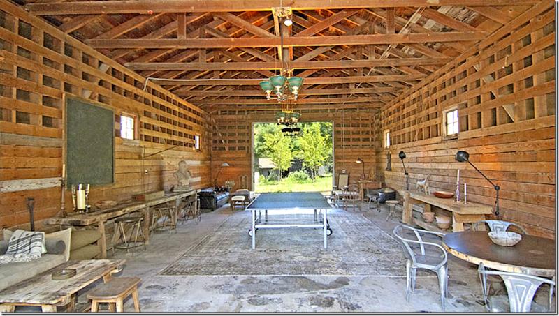 COTE DE TEXAS MOVING AGAIN - Art barn a romantic green house by robert young connecticut usa