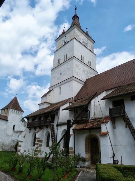 Fortificatii sasesti in Transilvania: Turla bisericii Harman