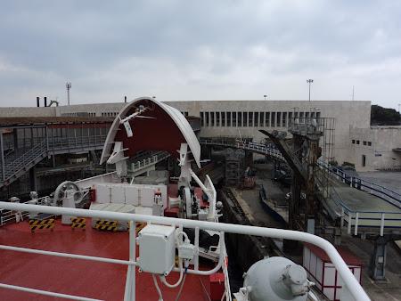 58. Stramtoarea Messina - Vaporul care inghite trenul.JPG
