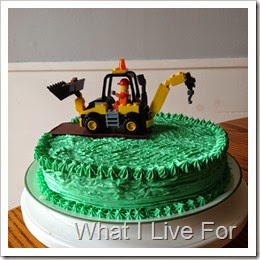 Lego Construction Cake @ whatilivefor.net