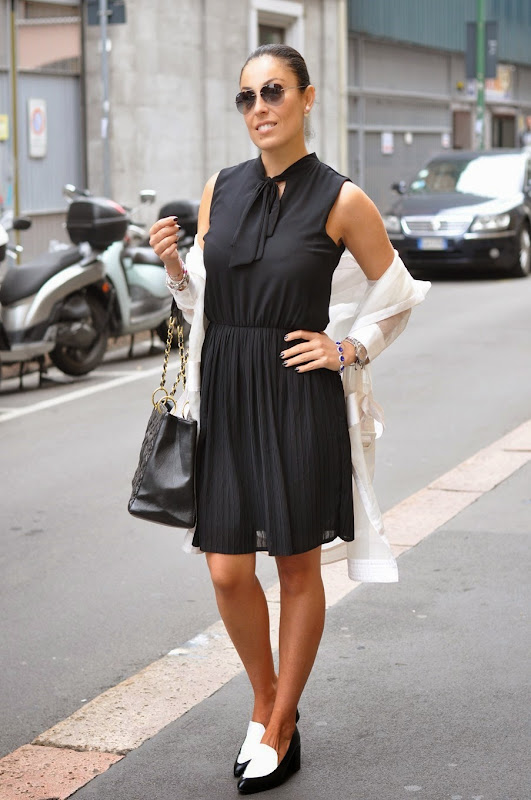 fashion-blogger-outfit-bianco-nero-sarenza-shoes