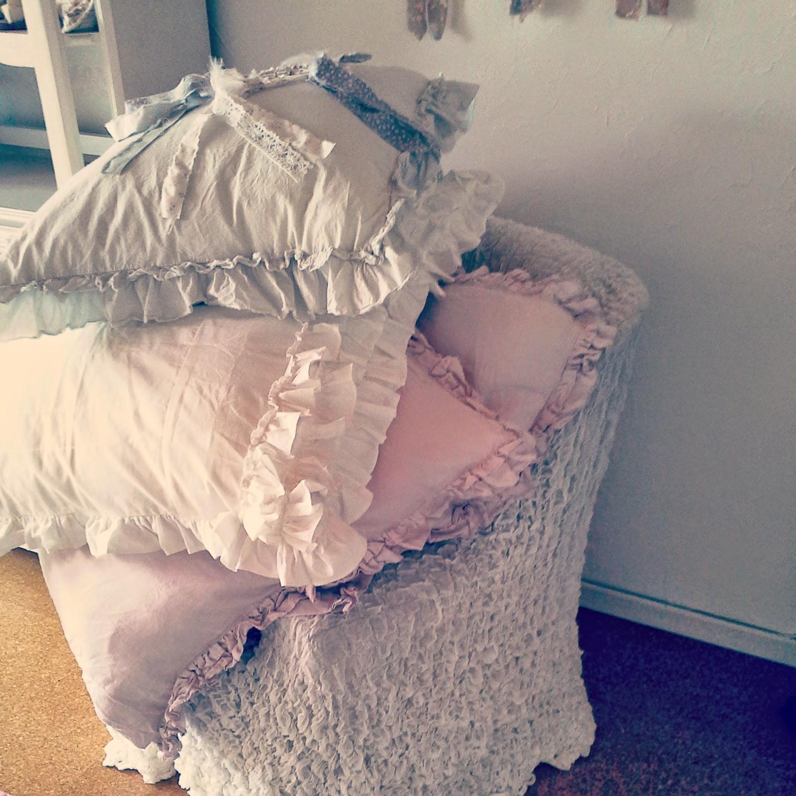 shabby chic kissen kissenrolle shabby chic kissen vintage nackenrolle ebay shabby chic kissen. Black Bedroom Furniture Sets. Home Design Ideas