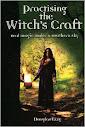 Praticar A Witchs Craft Real Magic Sob um céu do sul