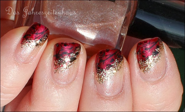 Baroque French Red Gold Roses 5