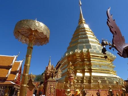 Obiective turistice Chiang Mai: Stupa de aur