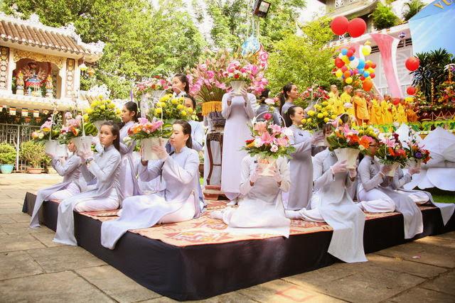 IMG 1835 Đại lễ Phật đản PL 2557 tại Tu viện Quảng Hương Già Lam