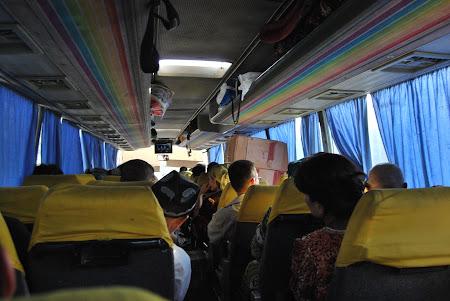 Transport Uzbekistan: autobuz de Samarkand