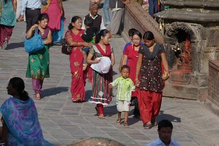 29. Femei in Kathmandu.JPG