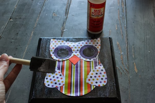 DIY Halloween Owl Wall Plaque Tutorial