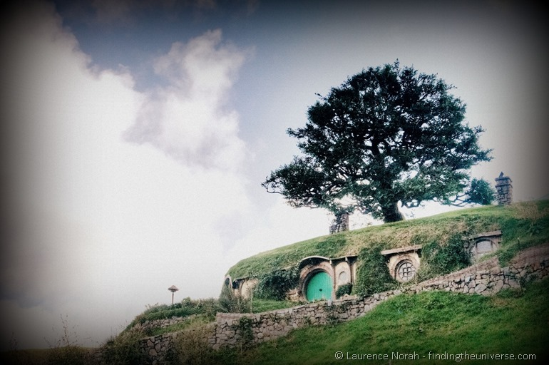 Whole of bag end Bilbo Hobbit hole hobbiton New Zealand-001