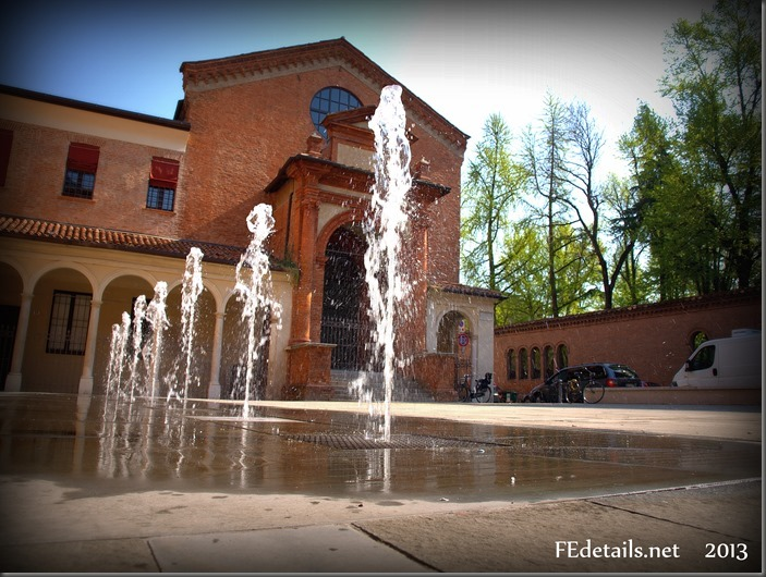 Piazzetta Sant'Anna, Foto1, Ferrara, Emilia Romagna, Italia - Sant'Anna Square, Photo1, Ferrara, Emilia Romagna, Italy - Property and Copyrights of FEdetails.net (c)