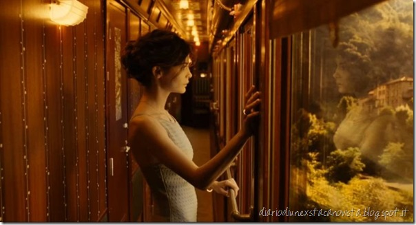 audrey tautou in train de nuit di jean-pierre jeunet 2009 chanel n5
