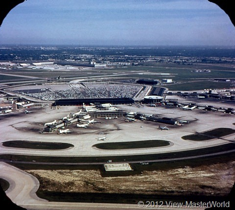 View-Master Chicago (A551), Scene 1: O'Hare International Airport