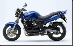 Kawasaki ZR7 99  2