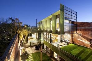 Casa-en-un-almacén-por-Splinter-Society-Architecture