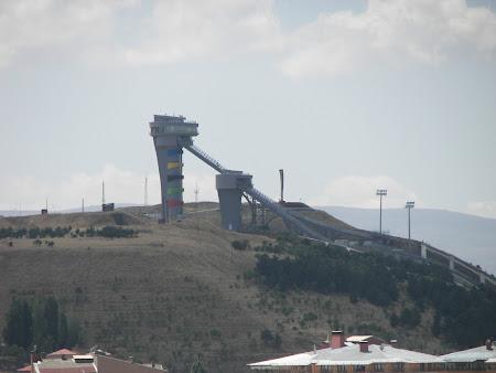 Ski in Turcia: trambuline Paranoken