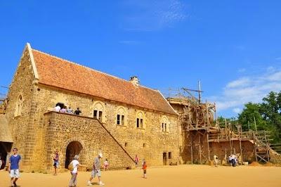 Guedelon het kasteel