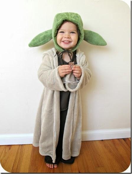disfraz de yoda para niño y tutorial de las orejas