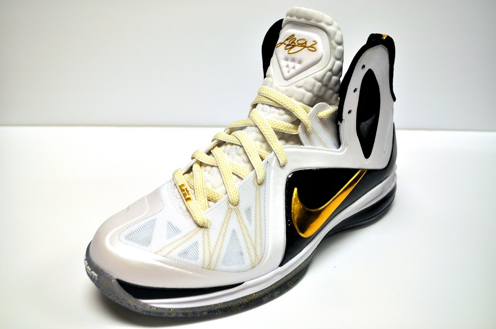 99a10d6affdb3 ... Release Reminder Nike LeBron 9 PS Elite Home Version ...