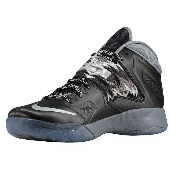 competitive price 7f3ad 259a2 LEBRON's Nike Zoom Soldier VII