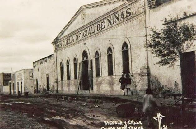 Escuela Official de Ninas Ciudad Mier Tamaulipas.jpg