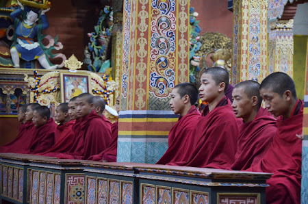 Declansam povesti: Sacru - manastire in Thimphu