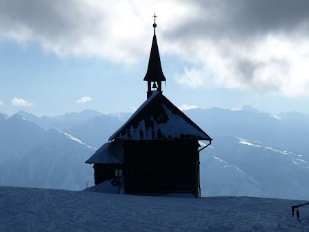 Vacanta Kaprun - Zell am See: capela din varful muntelui
