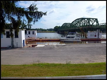 03f - Mohawk River (Erie Canal) Bike Trail - riding past the lock and bridge
