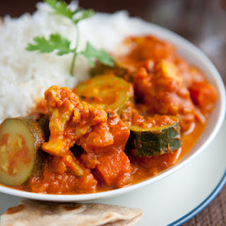 Easy Zucchini and Cauliflower Curry.