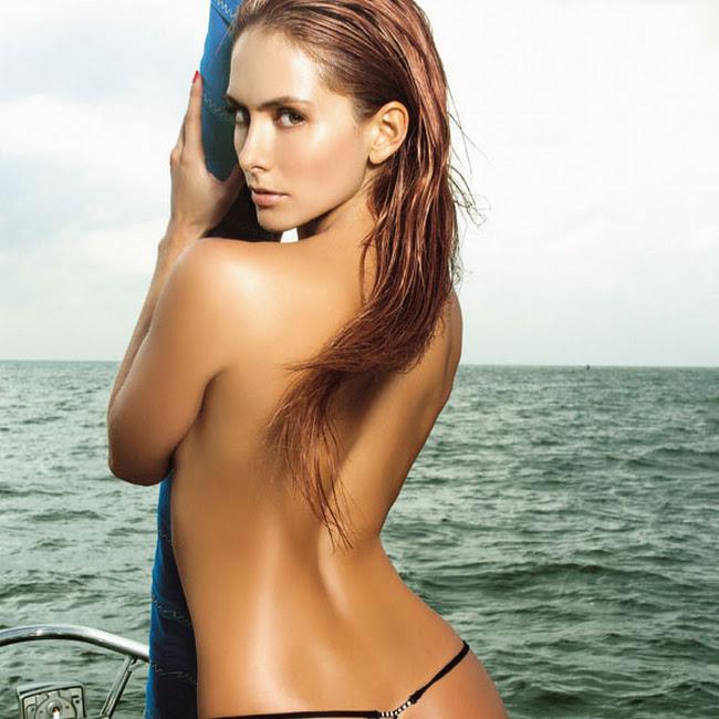 Andrea Lopez Desnuda Revista SoHo Foto 8