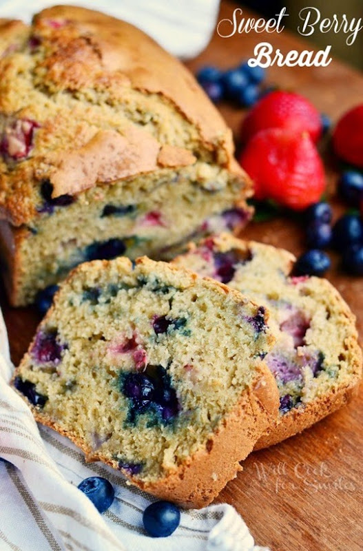 Berry-Sweet-Bread-Recipe-2-from-willcookforsmiles.com-bread-berries-sweetbread