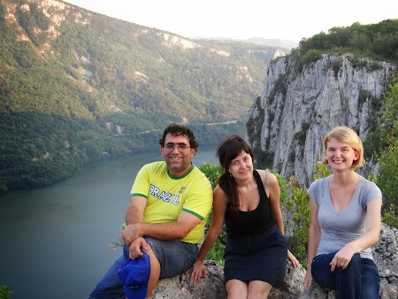 Pensiune in Cazanele Dunarii: cu Elena Ciric si Adriana Cocic, bloggeri la Cazane.JPG