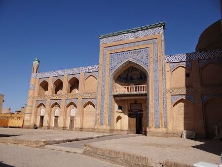 39. Strazile din Khiva.JPG