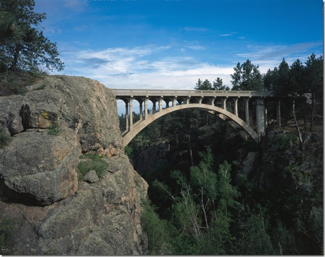Beaver_Creek_Bridge_in_Wind_Cave_National_Park