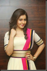 raashi khanna_beautiful_photo