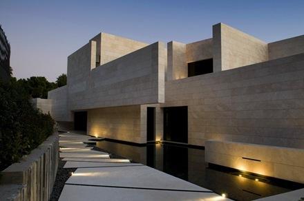 casa-contemporanea-marbella-a-cero_thumb[1]