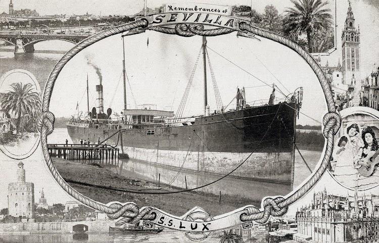 Postal del s.s. LUX. Anteriormente había sido el petrolero LE LION. Foto del libro Historia Gráfica del Puerto de Sevilla.JPG