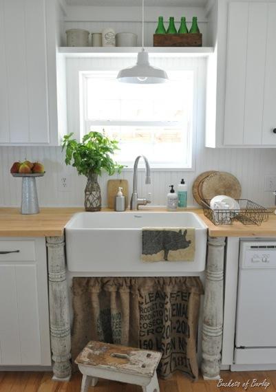 fall kitchen sink